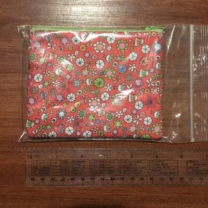 Handbags - NWOT Flower Pouch